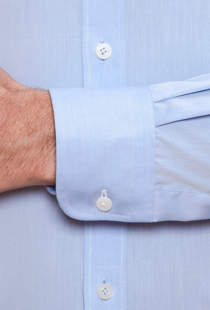 A close up view of the cuff detail on the Joe Black slim fit pioneer shirt in sky blue cotton FCE256