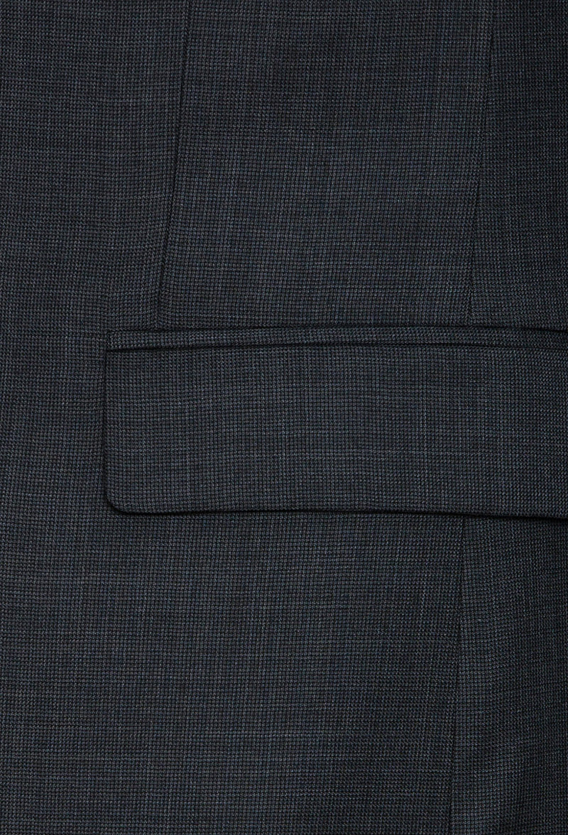 A close up view of the flat pocket detail on the Joe Black slim fit sergeant suit in charcoal pure wool FJD899