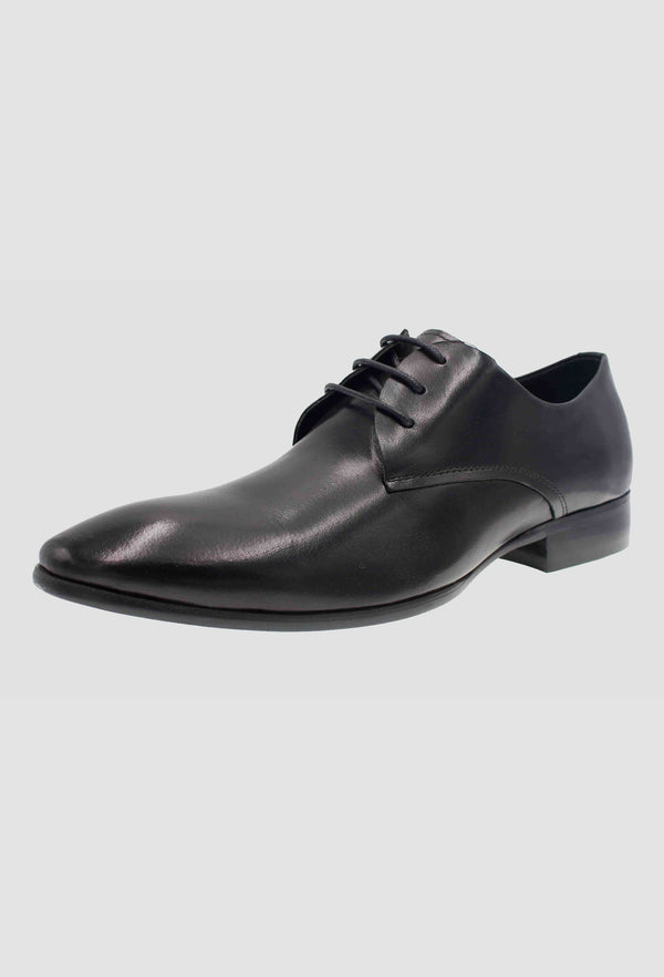 a side view of the martino carolus leather lace up shoe in black FM194B