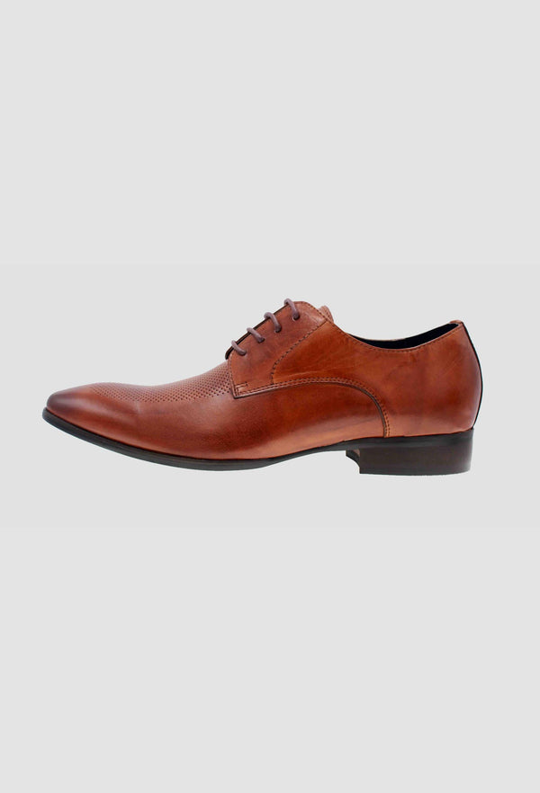 a side on view of the Martino Carolus buffalo lace up leather shoe in dark tan FM192M