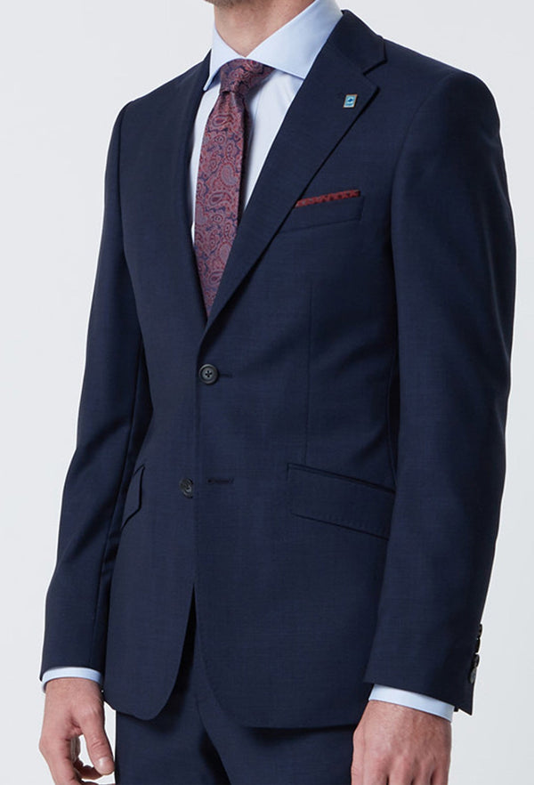 A close up view of the wolf kanat slim fit hearts suit jacket in superfine navy wool showing the single breasted lapel detail 6WK8213
