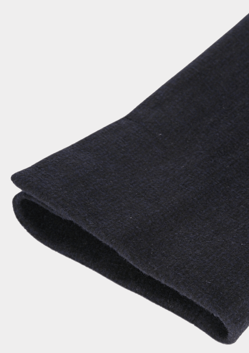 a close up of the sleeve detail on the Jeff Banks classic fit mottle mini check mens winter coat in charcoal