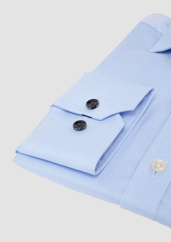 the branded buttons on the wolf kanat slim fit romanov business shirt in light blue twill