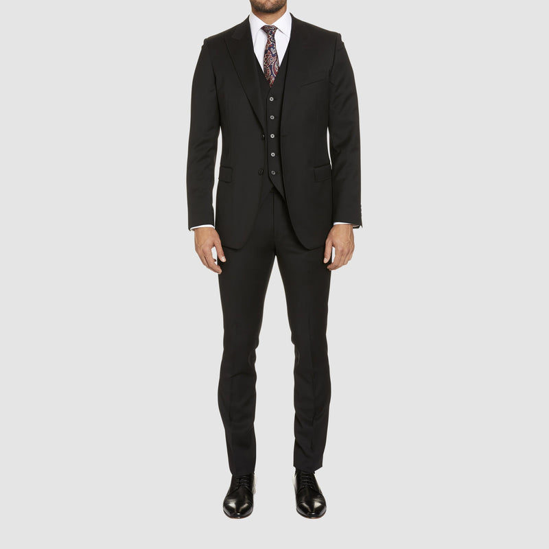 a full length view of the studio italia lugano suit in black merino wool ST362-31