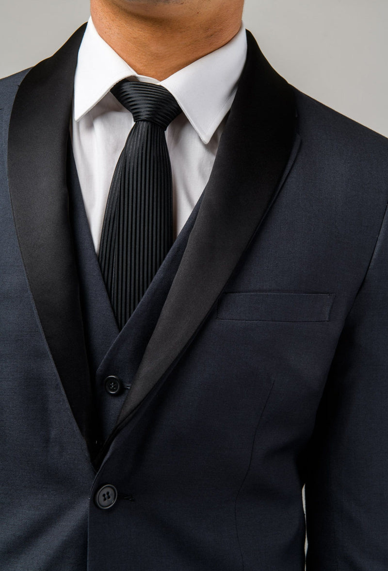 A close up of the removable satin shawl collar on the Aston slim fit laneport suit in charcoal A029301S