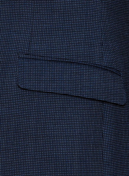 A close up view of the pocket detail on the Cambridge classic fit cardiff sports jacket in navy pure wool FCB035