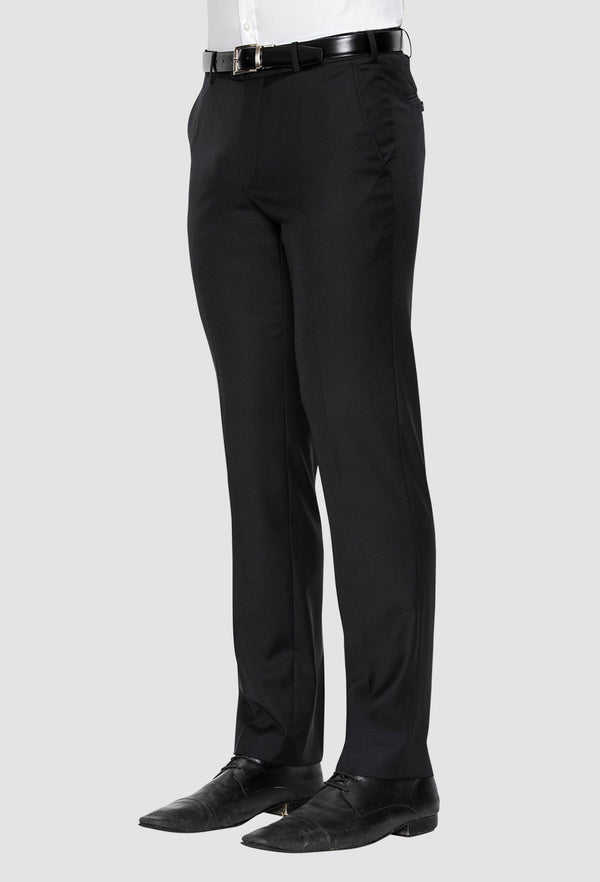 a sidet on view of the cambridge jett mens trouser in black F262 showing the side pocket details