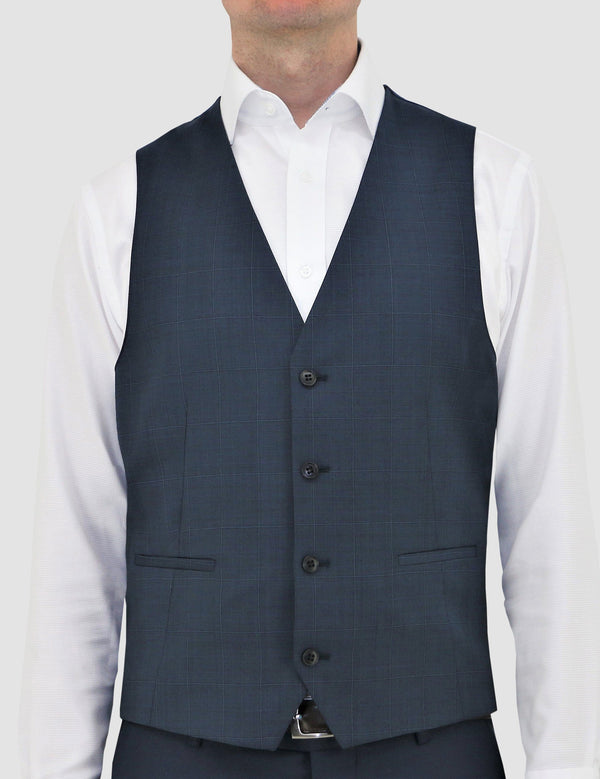 a model faces the front showing us the detail on the navy blue Luke vest by Daniel Hechter, product code DH210-12