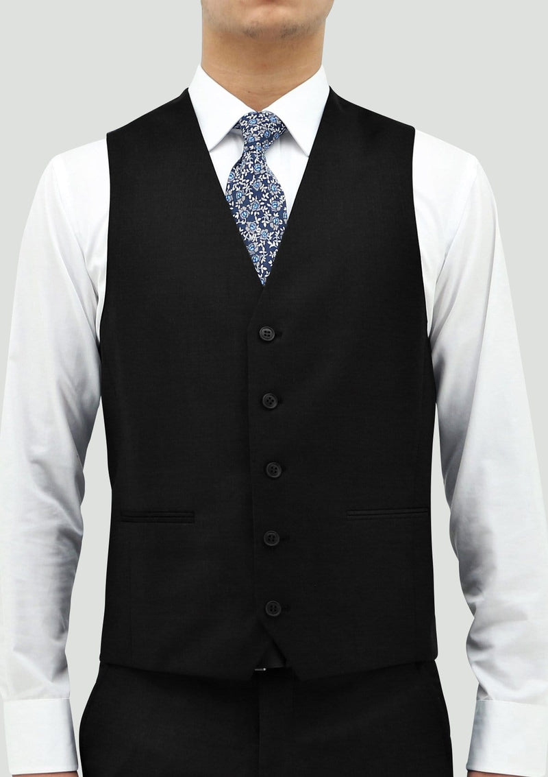 the ftont view of the daniel hechter ryan black mens waistcoat in STD106-01