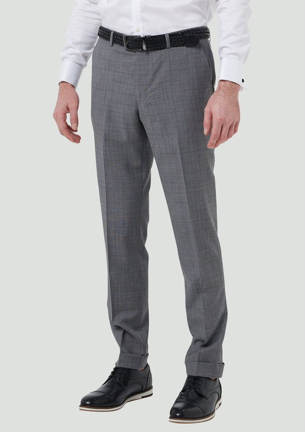 the front view of the wolf kanat slim fit yury trouser in grey wool 7WK8230.