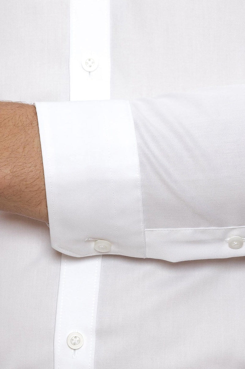 A close up view of the regular cuff on the Gibson slim fit fierce shirt in white pure cotton FGW014
