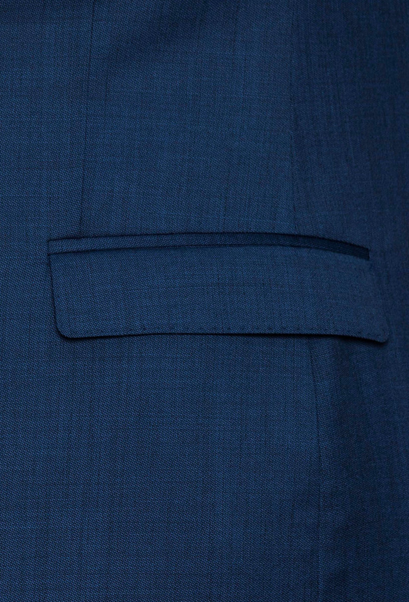 a close up of the straight pocket flap detail on the Gibson slim fit lithium suit in blue pure wool FGD019