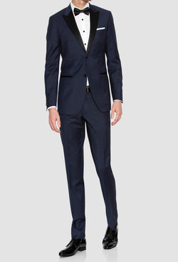 a full length view of the gibson slim fit quantum evening suit in navy pure wool F3614 including the satin peak lapel detail