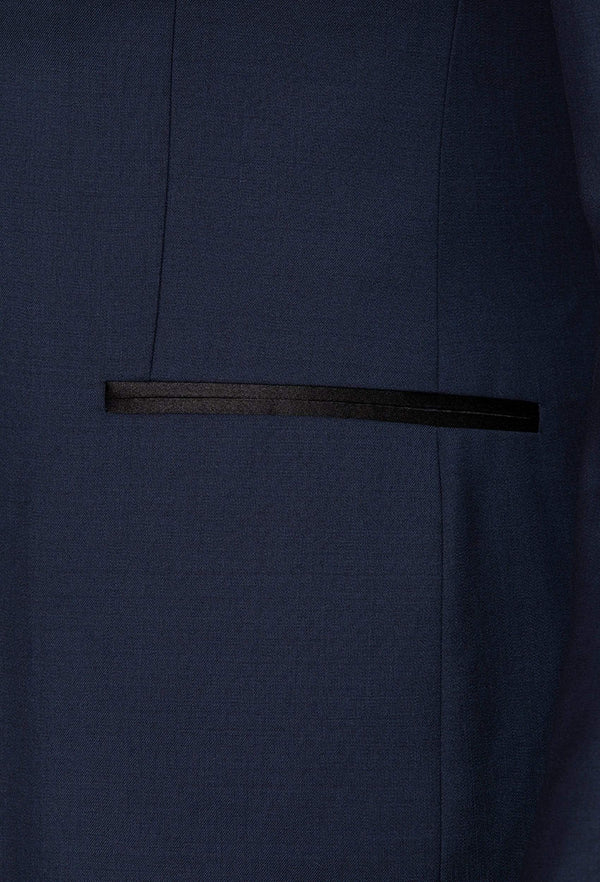 a close up of the satin jet pocket on the gibson slim fit quantum evening suit jacket in navy pure wool F3614