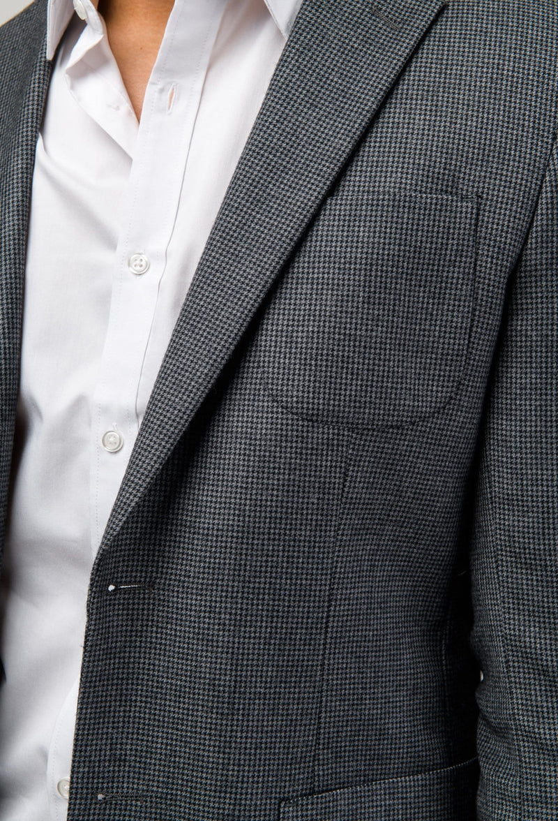 a close up of the lapel detail on the Aston slim fit franklin sports jacket in charcoal pure wool A0238157SP