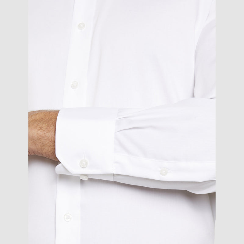 the single cuff detail on the fairmont business shirt by studio italia ST-01