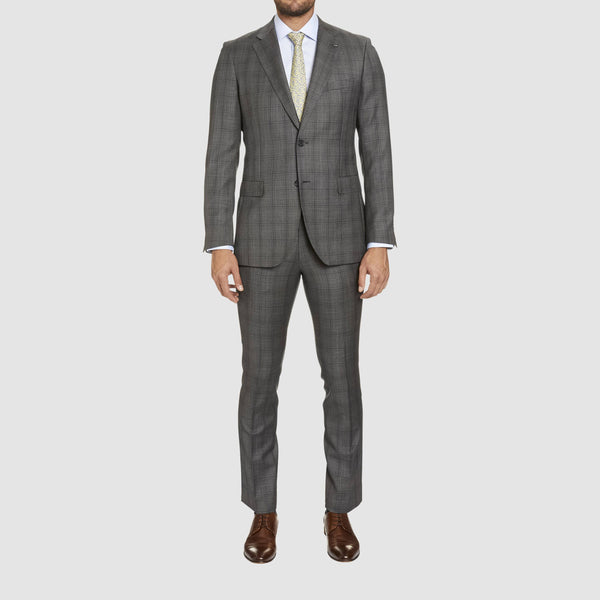 a full length view of the studio italia slim fit florence suit in grey wool  including the suit jacket and T85 matching trouser