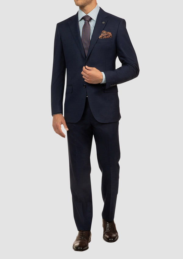 a full length view of the cambridge classic fit mens suit in navy pure wool FCI417