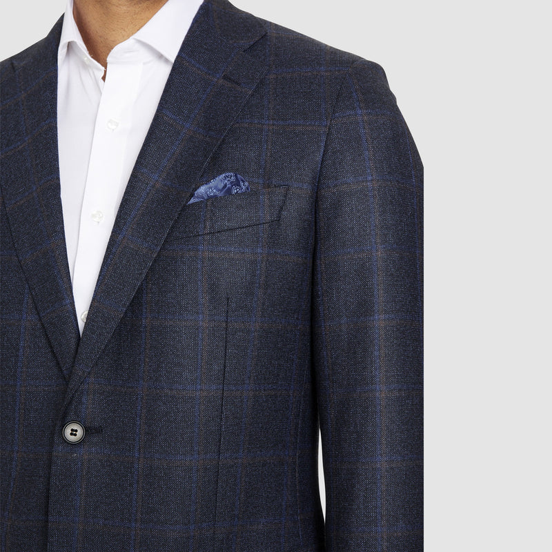 the notch lapel and pocket detail on the slim fit studio italia jacob jacket in navy australian pure wool ST-466-11