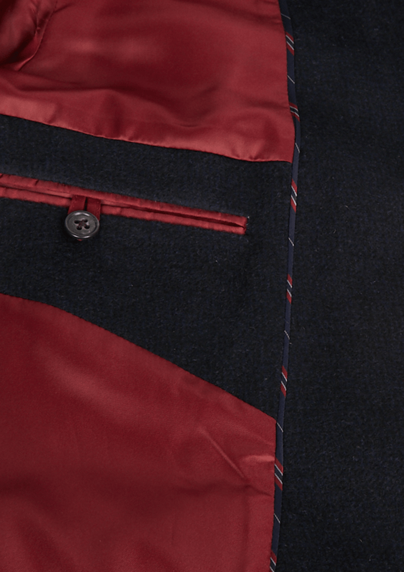 inner pocket detail and coat lining on the jeff banks classic winter coat