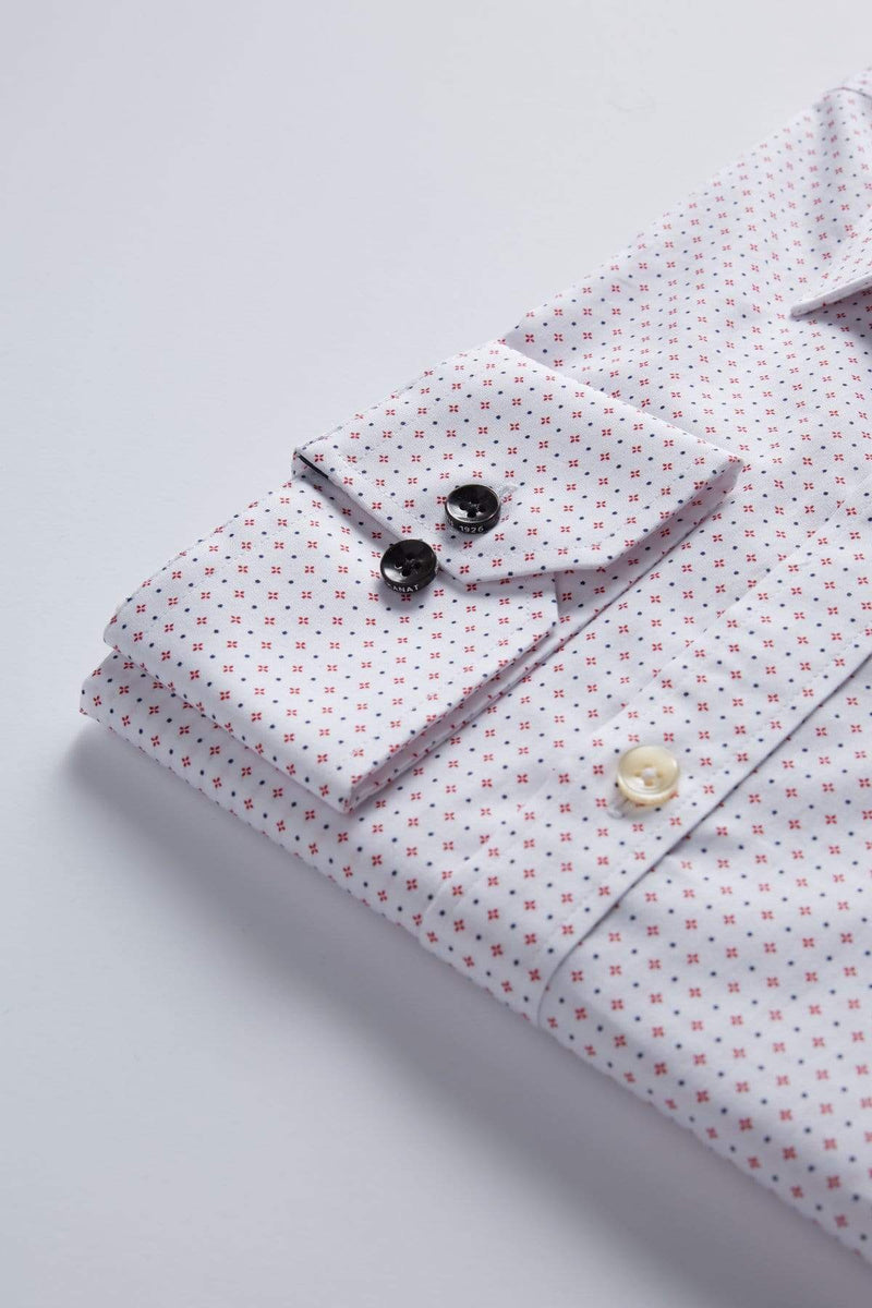 the single cuff detail of the wolf kanat slim fir romanov business shirt in white withh geometric details