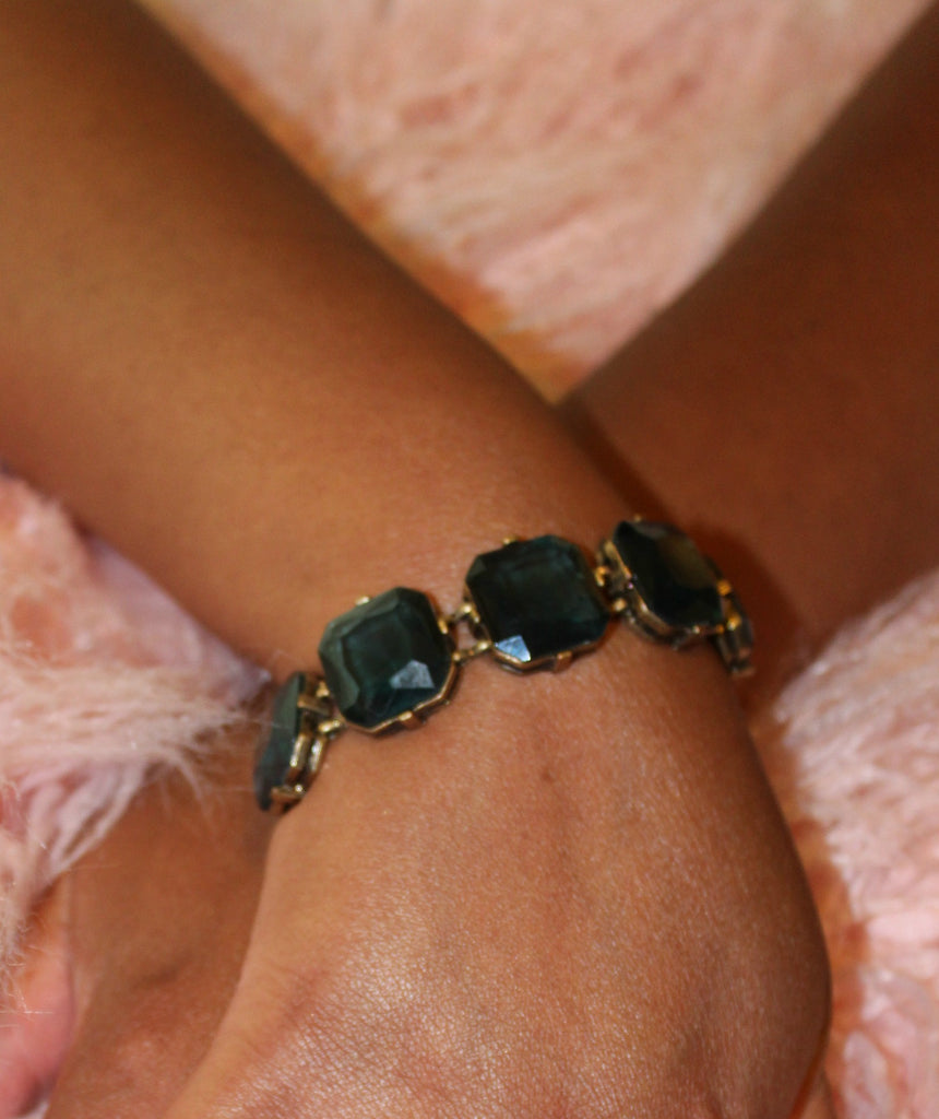 Diamond Square Bracelet (Available in Blue or Peach) - Dear Reverie