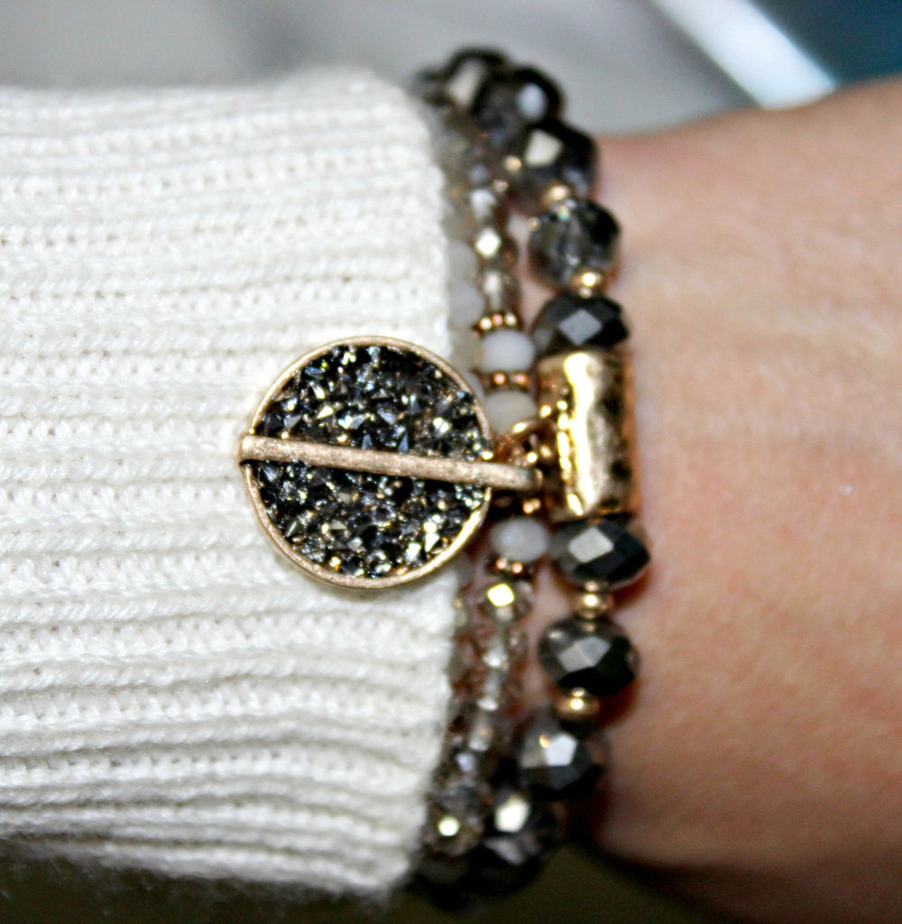 Crystal Encrusted Disk Beaded Bracelet - Dear Reverie