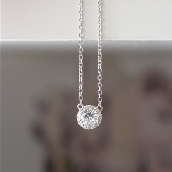 Halo Pendant Silver Necklace - Dear Reverie