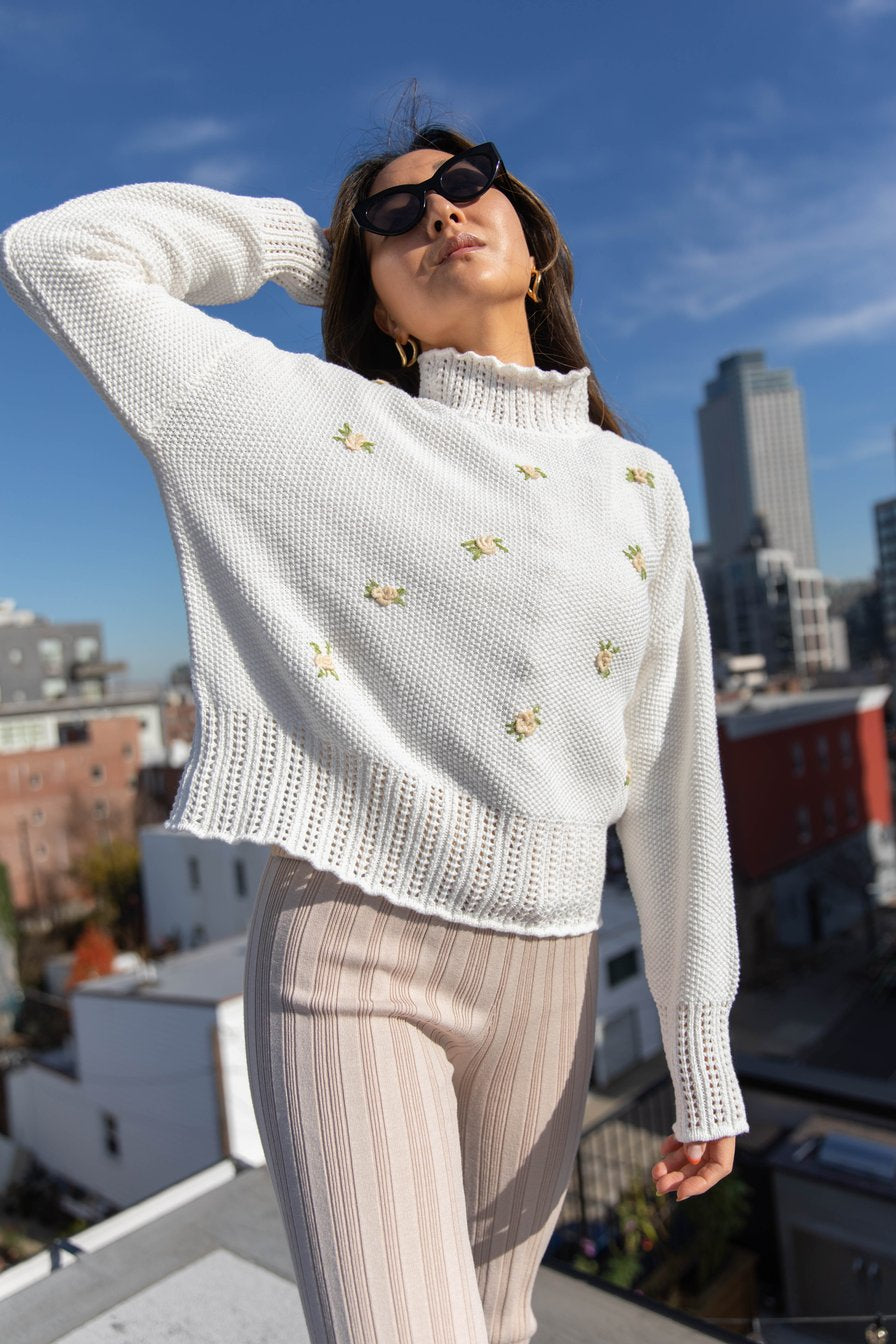 Dove Floral Embroidered Sweater - Ivory