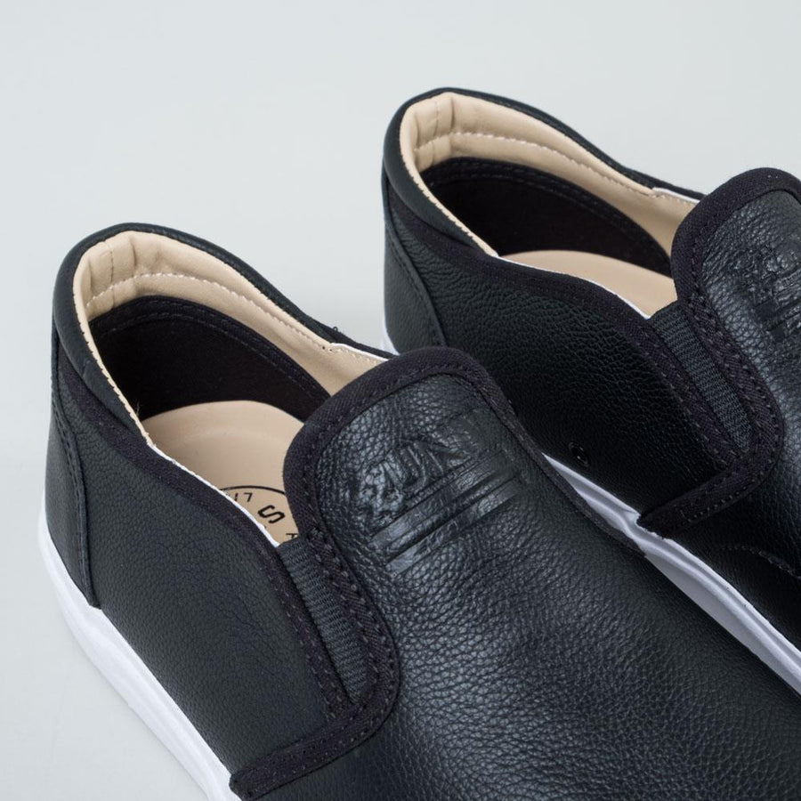 UNIV - Everyday Leather Slip-On Black