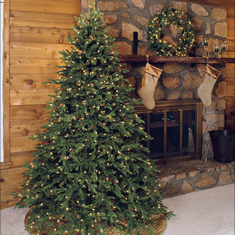 Trees, Wreaths and Garlands – BethlehemLights.com