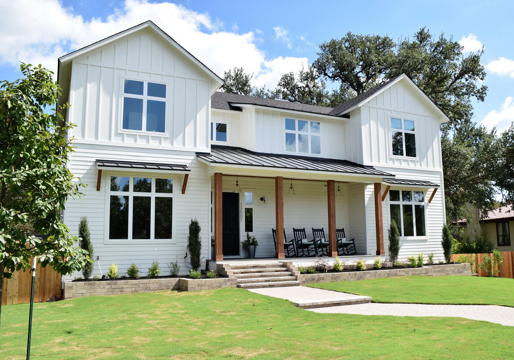 The Best White Modern Farmhouse Exterior Paint Colors ... on Modern House Painting  id=70794