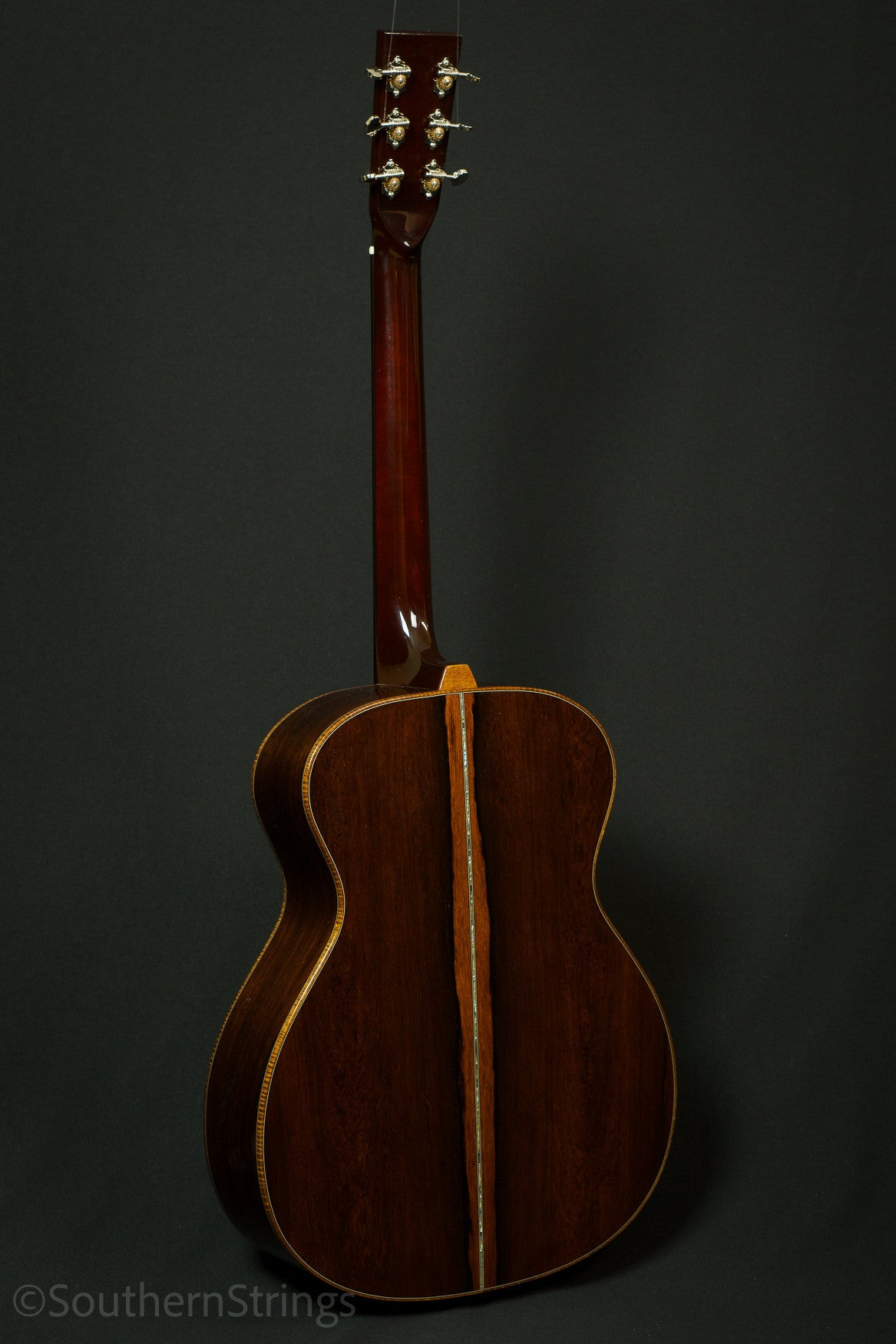 Circle Strings Madagascar Rosewood OM w/ Sinker Redwood Top