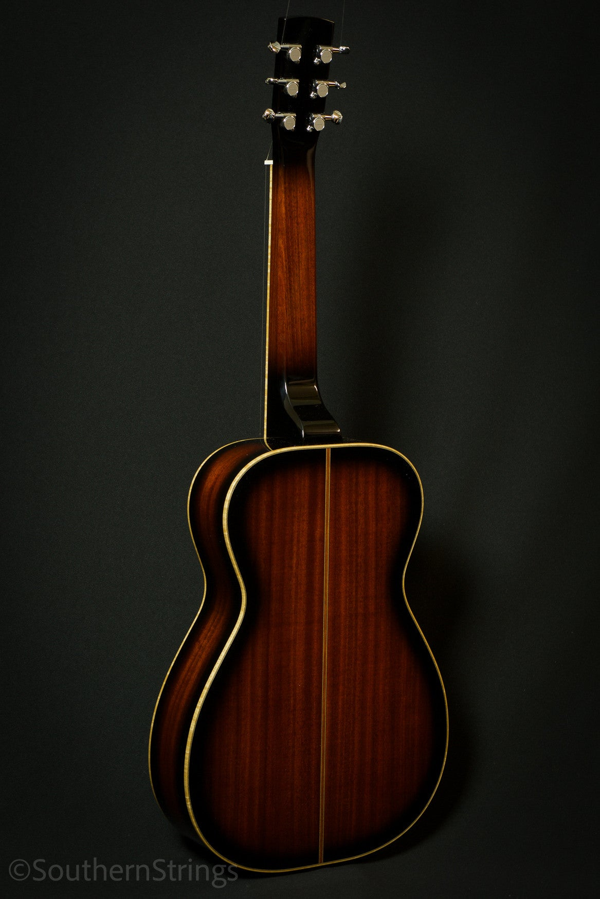 Beard R Model Mahogany