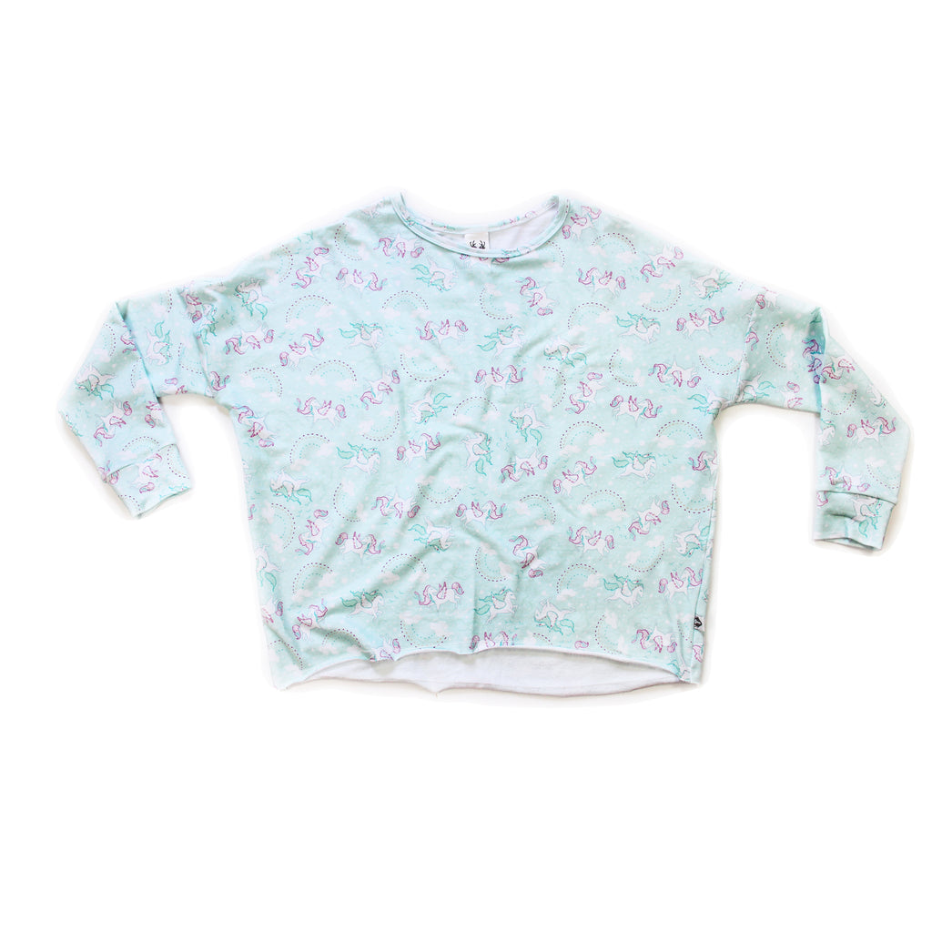 Mama Weekend Pullover; Pegasus Dreams