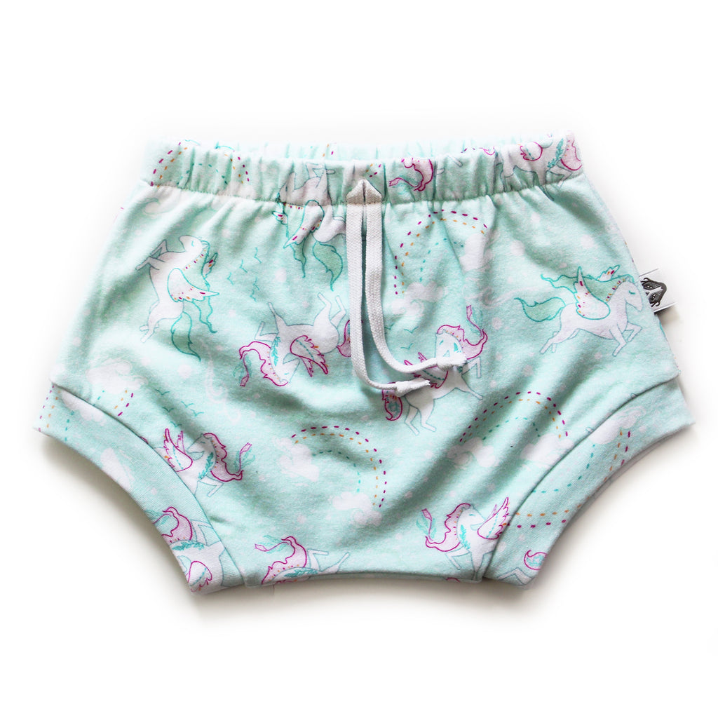 Nixi Shorties; Pegasus Dreams
