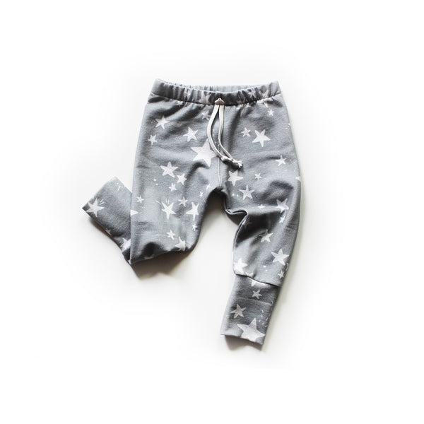 Nixi Lounge Pants: Twinkle Stars on Grey