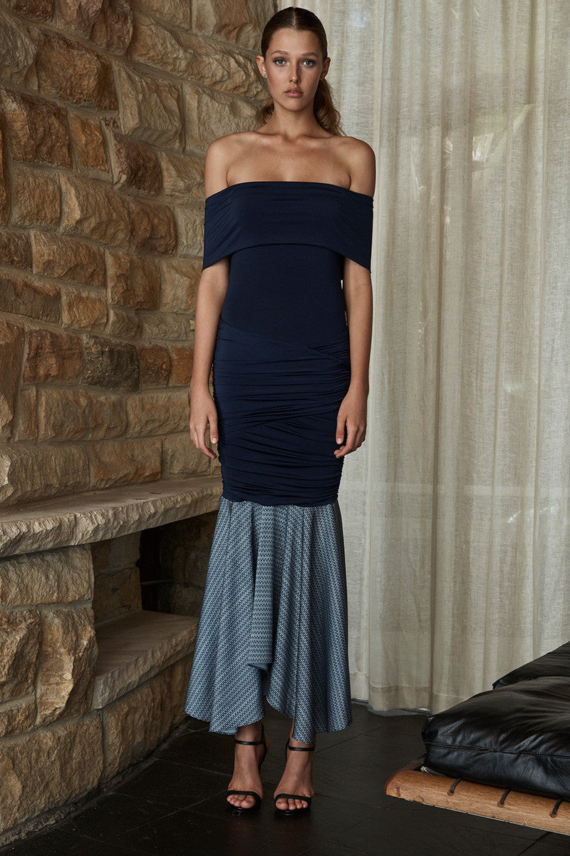 CARRIE OFF THE SHOULDER RUCHED MIDI DRESS - NAVY