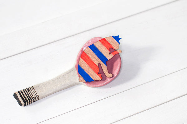 Wooden Cat Paw Brooch - Red & Blue Chevron
