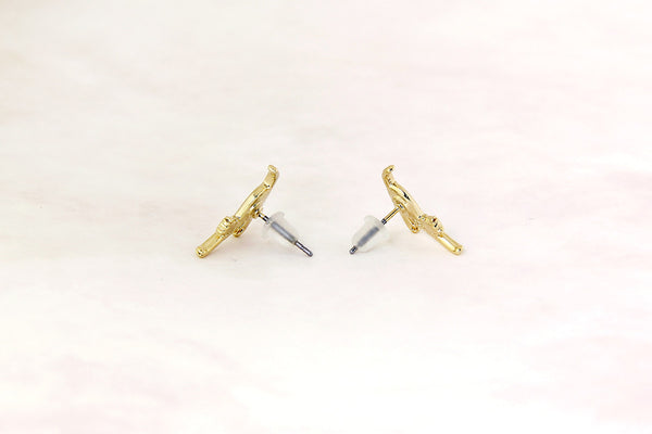 Stretching Cat Earrings in Gold