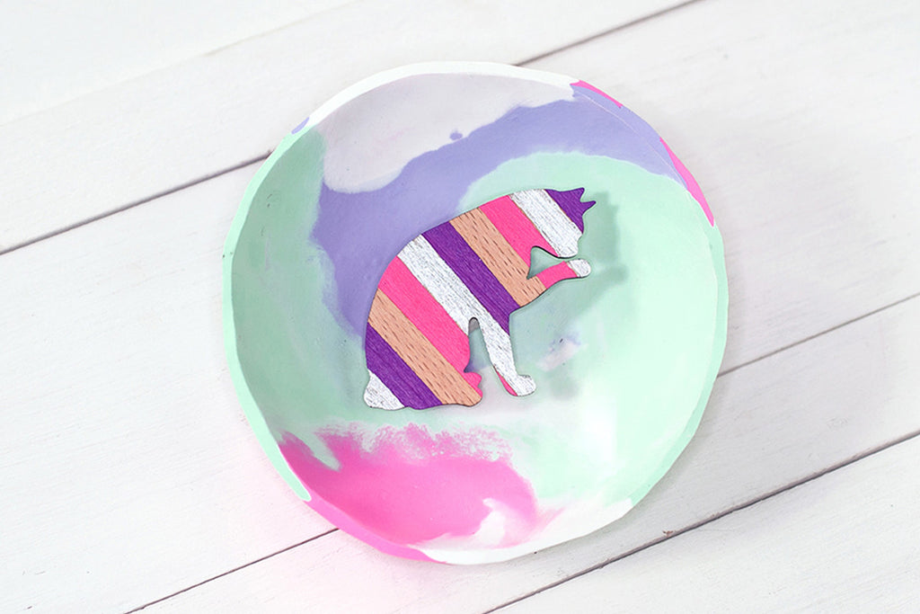 Wooden Cat Paw Brooch - Pink & Purple Chevron