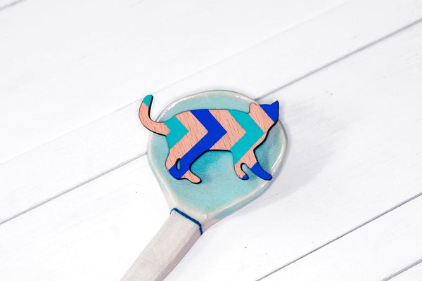 Wooden Cat Brooch - Blue Chevron