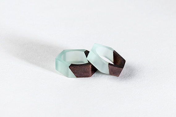 Bioresin Hexagon Ring With Eco-friendly Walnut Wood in Mint