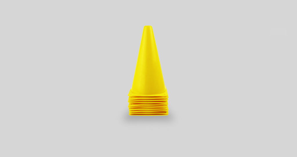 Deploy Football Witches hats yellow 30 pack