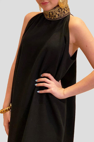 Sleeveless Dress with Bisht