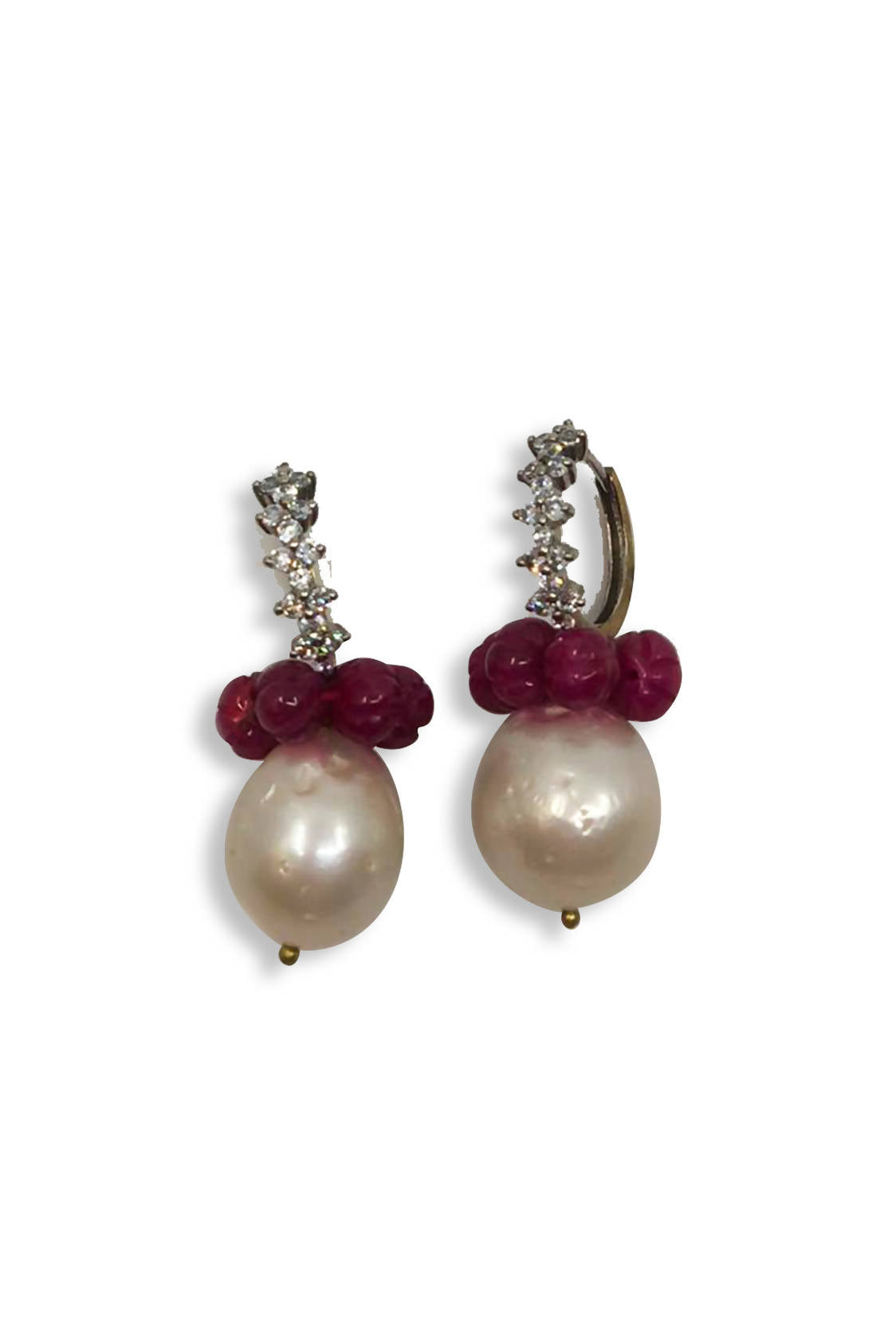Pearl Simple Earrings with Rubies