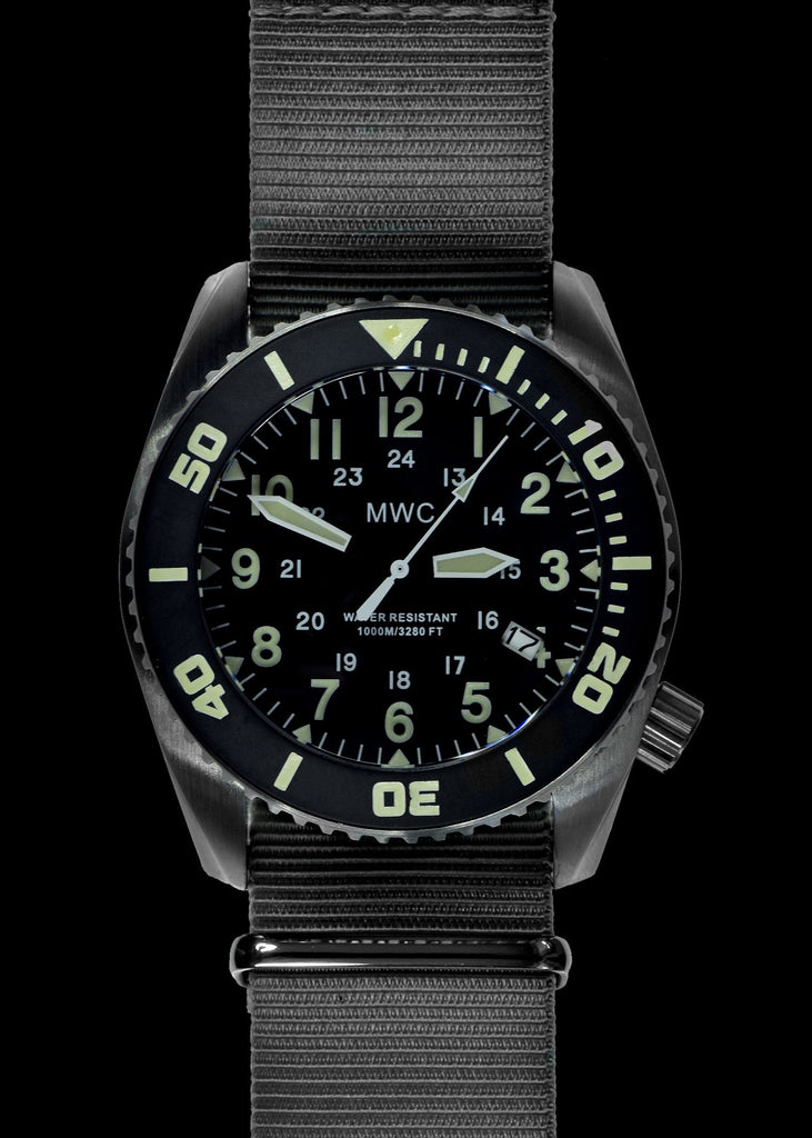 MWC Deep Dive 100ATM / 3,340ft Water Resistant Military Divers Watch in Stainless Steel Case with Helium Valve (Quartz)