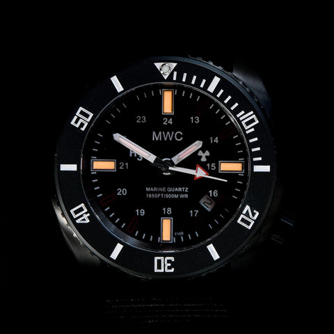 "MWC ""Submarine / Naval Crew Divers Watch"" 500m (1,650ft) Water Resistant Dual Time Zone Military Watch in a Stainless Steel Case with GTLS and Helium Valve"