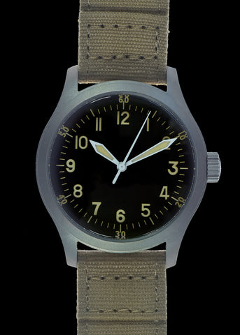 MWC A-17 Classic 1950s Pattern US Korean War Issue Watch with 24 Jewel Automatic Movement and 100m Water Resistance