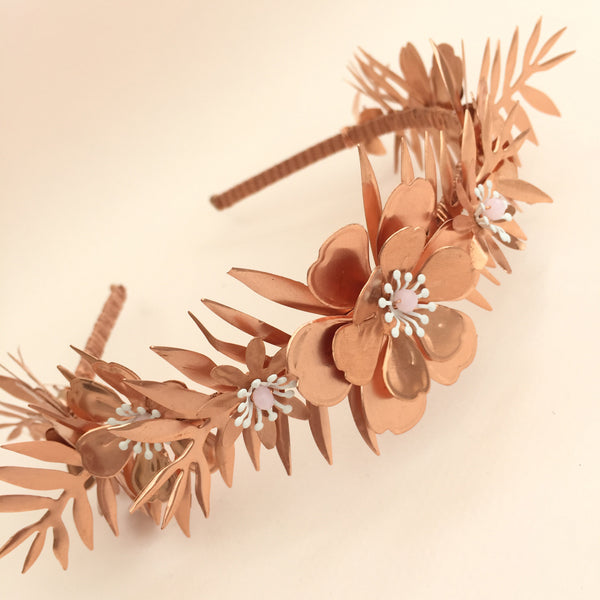 BORA Leafy Flower Bridal Band - Fifth & Spring
